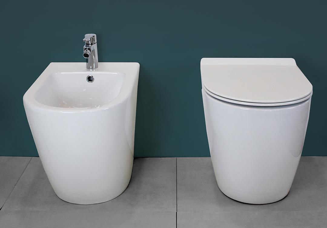 ROUND SLIM TERRA 2 Sanitari filo muro Chic in ceramica Rimless Vaso+Bidet+Coprivaso Soft Close