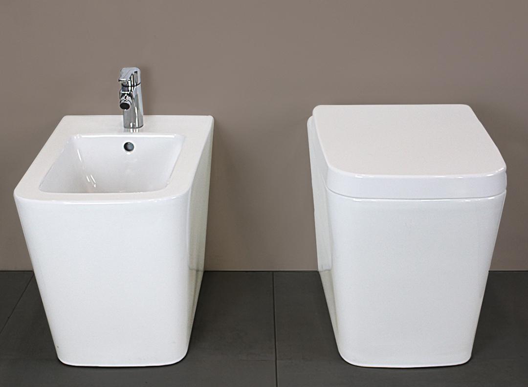 SQUARE NORMAL TERRA 2 2 Sanitari filo muro Square in ceramica Vaso+Bidet+Coprivaso Soft Close