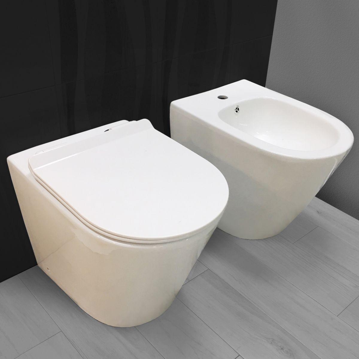 chic sanitari filo muro 1 Sanitari filo muro Chic in ceramica Rimless Vaso+Bidet+Coprivaso Soft Close