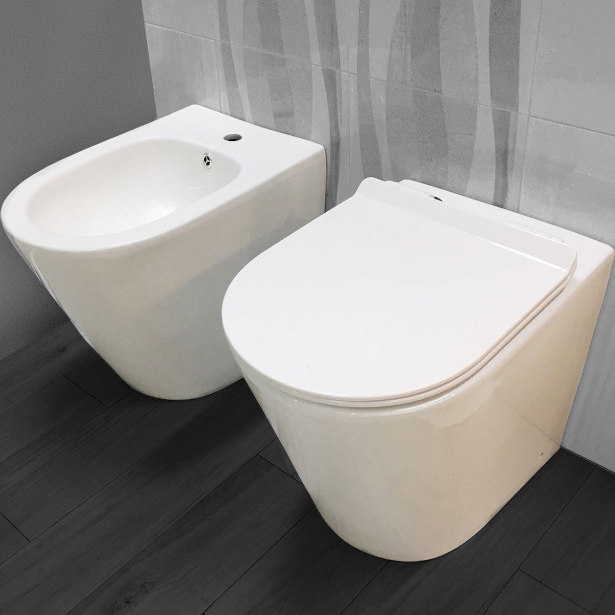 chic sanitari filo muro 2 Sanitari filo muro Chic in ceramica Rimless Vaso+Bidet+Coprivaso Soft Close
