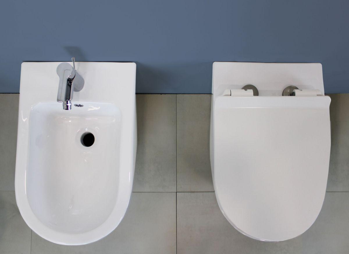 WC Sanitari Sospesi Round 2 scaled Sanitari Sospesi Round in ceramica col bianco Vaso+Bidet+Coprivaso Soft Close