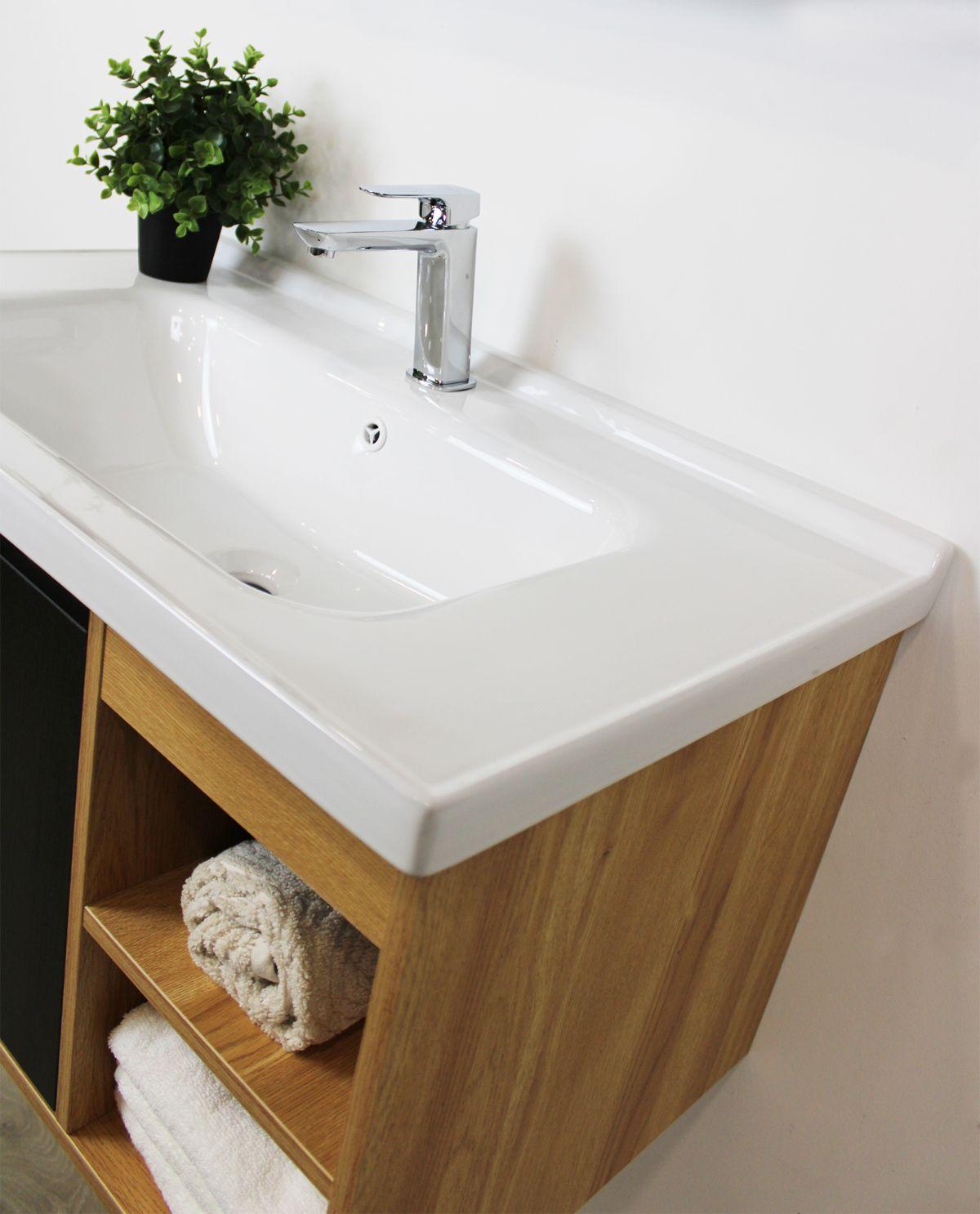 Mobile bagno Olso particolare3 Mobile bagno Oslo sospeso da 80 cm rovere effetto legno e nero effetto legno con lavabo specchio e modulo a giorno