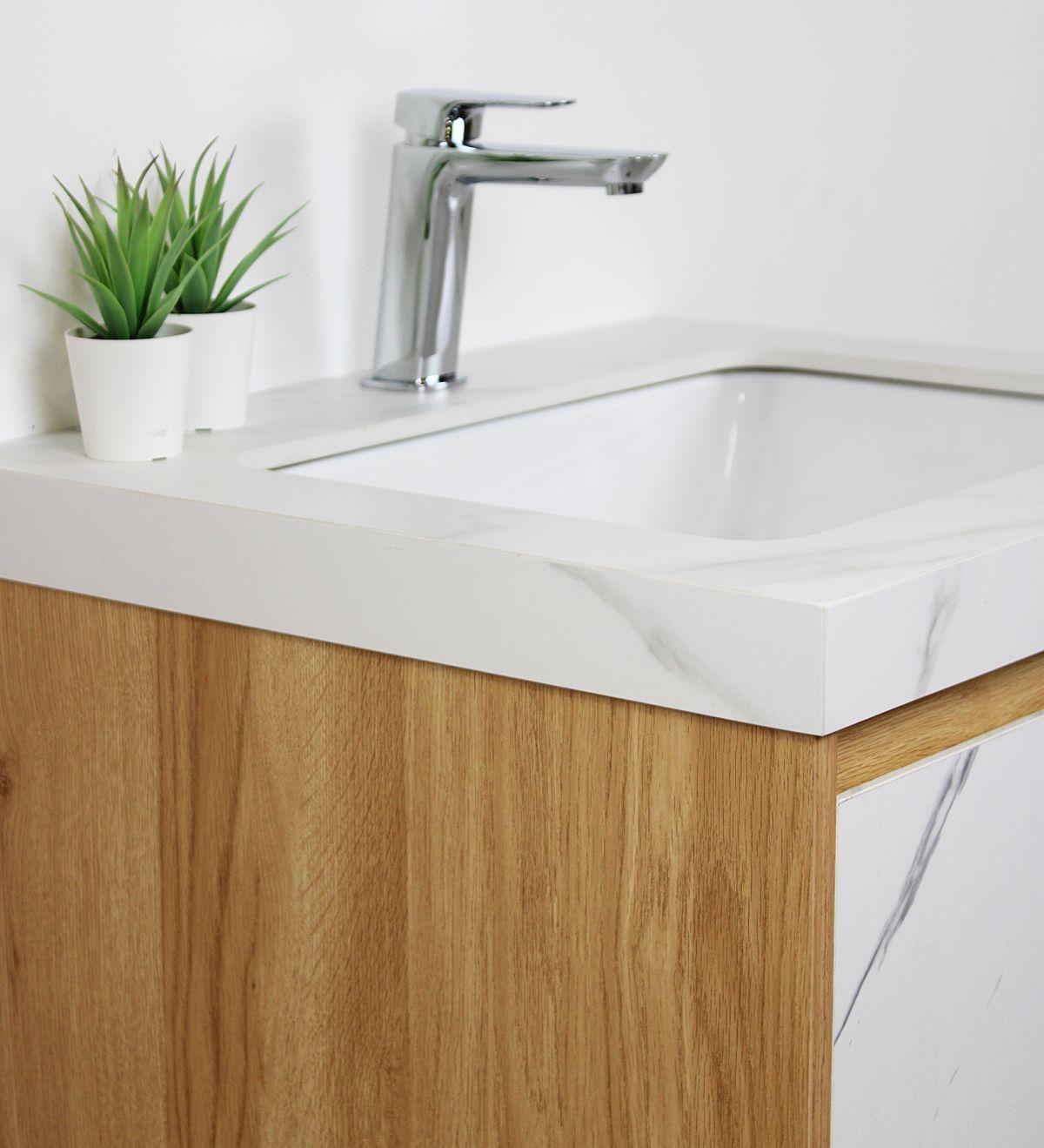 tripoli particolare 3 D 6920 Mobile bagno Tripoli sospeso da 60 cm rovere chiaro e bianco effetto marmo con lavabo e specchio