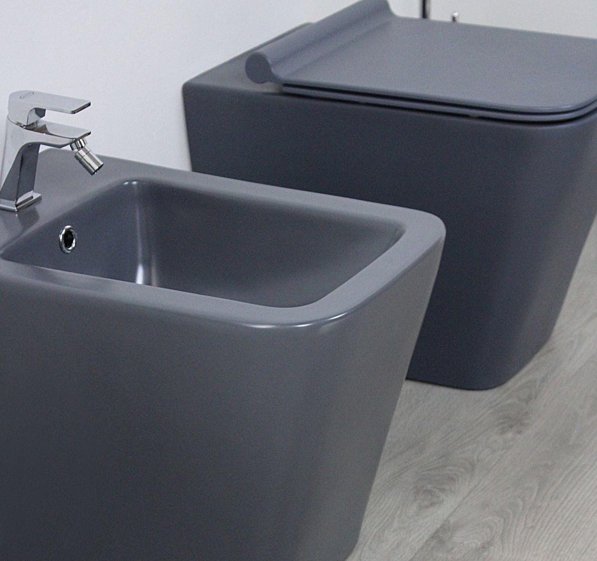 Square grigio particolare Sanitari filo muro Square in ceramica col grigio opaco Vaso+Bidet+Coprivaso Soft Close