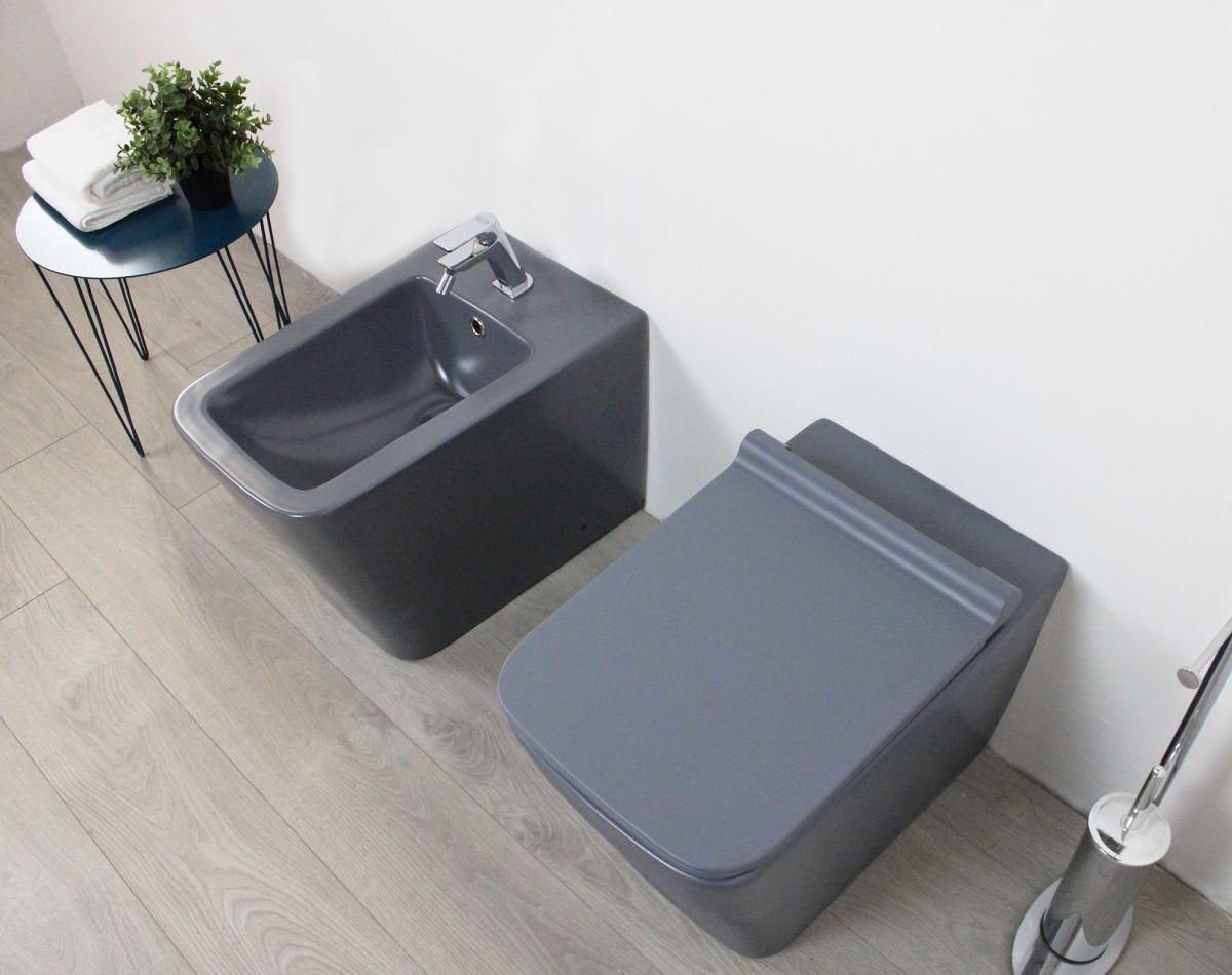 Square grigio particolare 2 Sanitari filo muro Square in ceramica col grigio opaco Vaso+Bidet+Coprivaso Soft Close