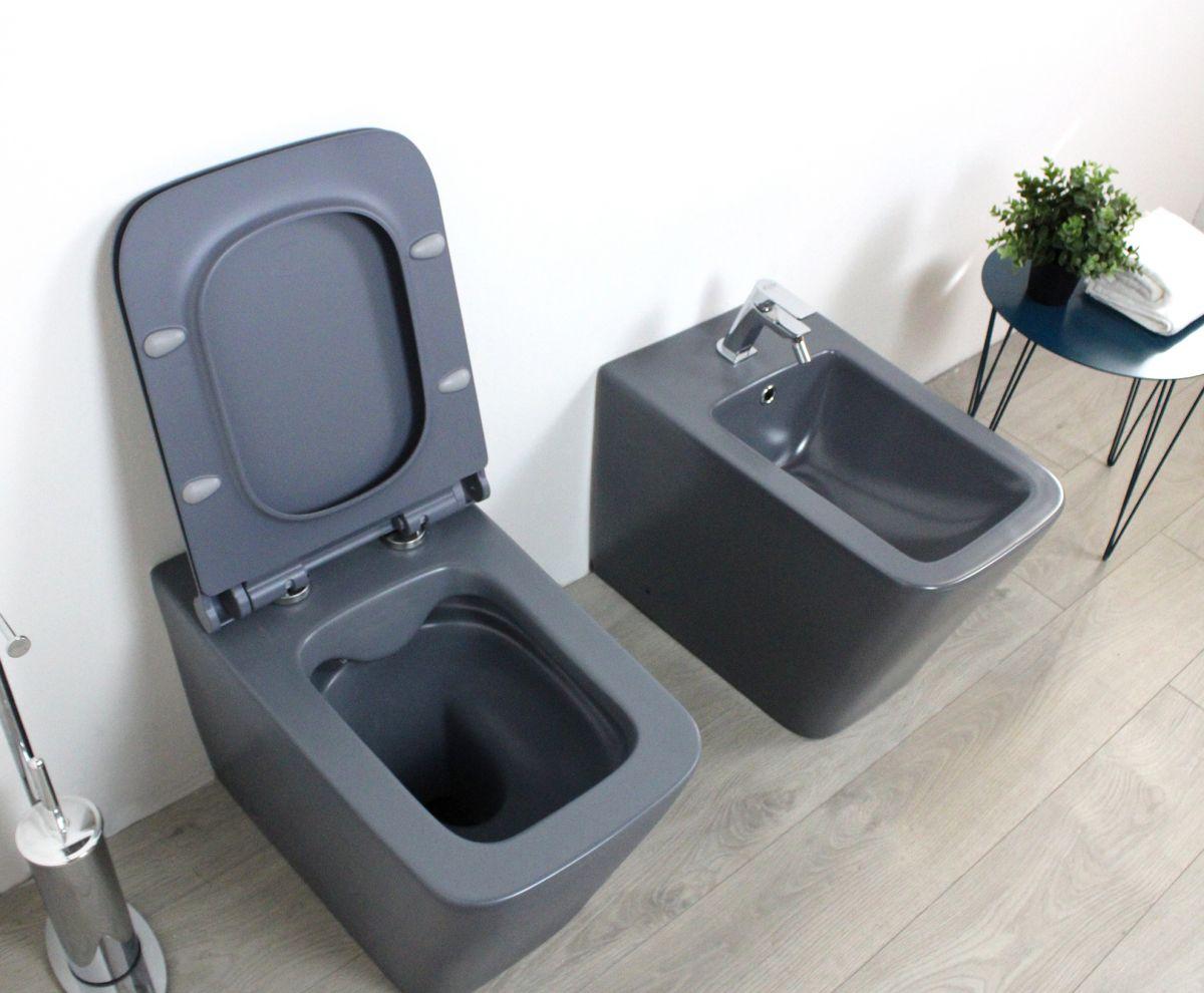 Square laterale grigio aperto Sanitari filo muro Square in ceramica col grigio opaco Vaso+Bidet+Coprivaso Soft Close