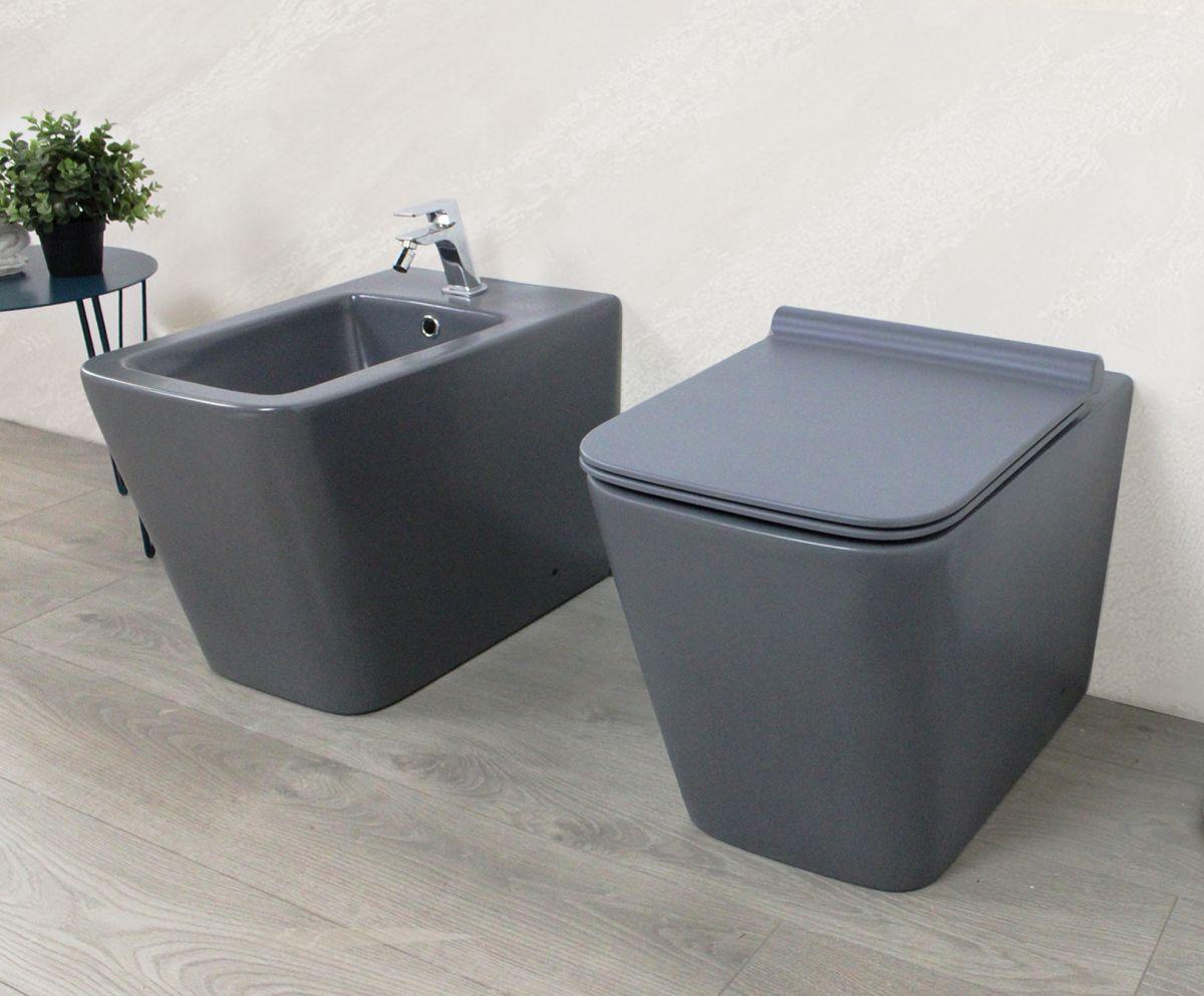Square laterale grigio vista 2 Sanitari filo muro Square in ceramica col grigio opaco Vaso+Bidet+Coprivaso Soft Close