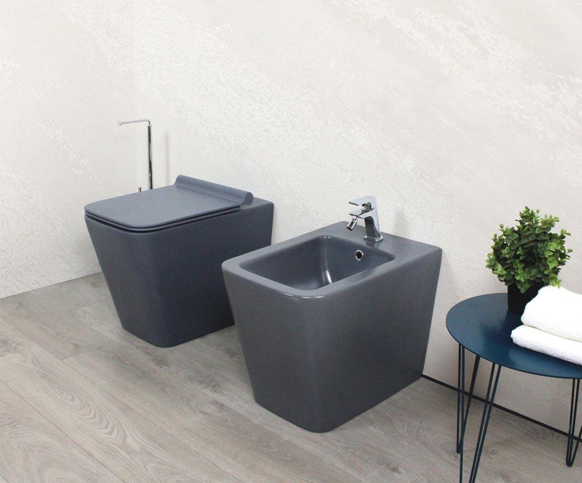 Square laterale grigio2 Sanitari filo muro Square in ceramica col grigio opaco Vaso+Bidet+Coprivaso Soft Close